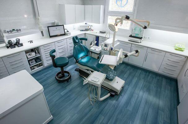 La Clínica Dental padrós en Barcelona utiliza las mejores tecnologías al servicio de sus pacientes